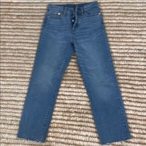 Levi Strauss &Co high rise cut off jeans 26